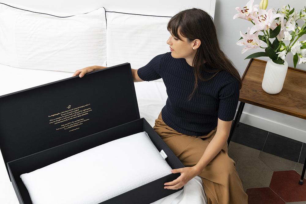 il cuscino nightingold contro i dolori cervicali